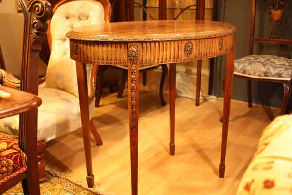 Antique-Oval-Table-Hythe
