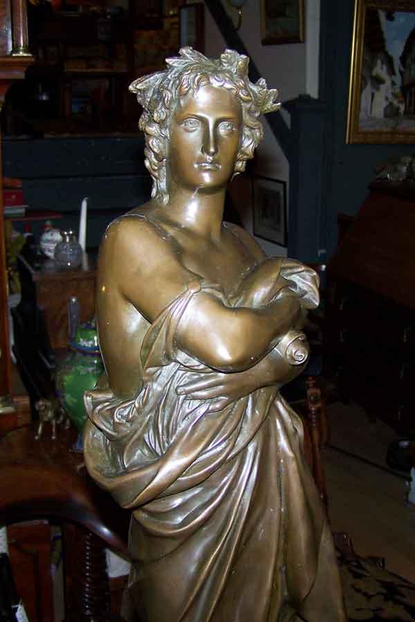 Bronze-Lady-Hythe-Kent2